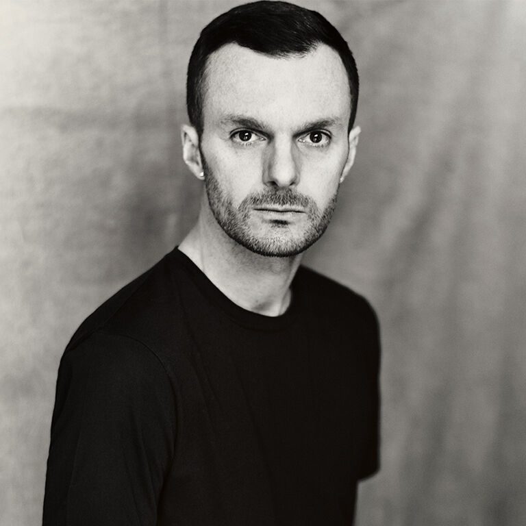 品牌大使: Berluti names Kris Van Assche as Artistic Director