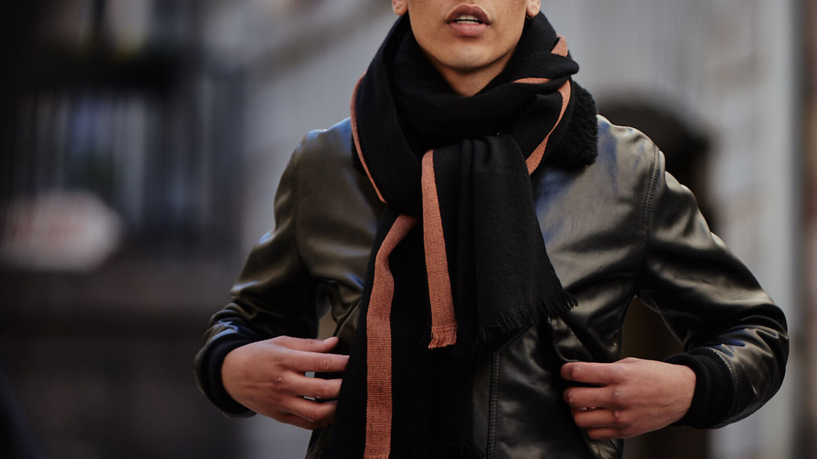 Style: The many ways to tie a scarf