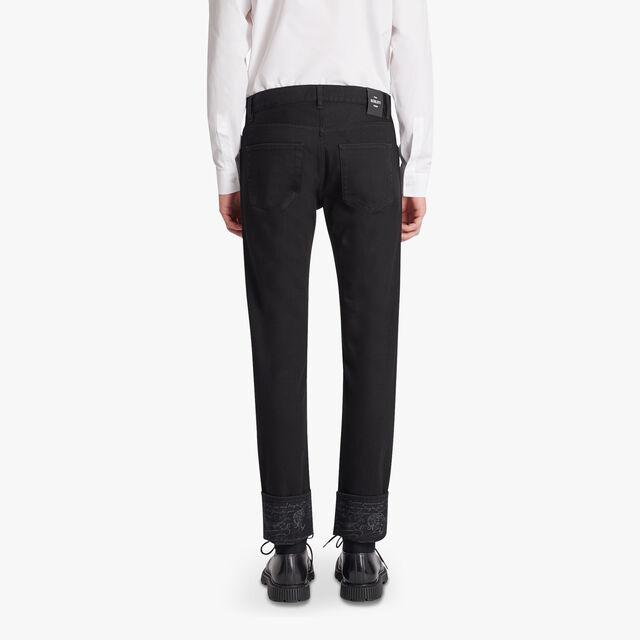 黑色牛仔长裤