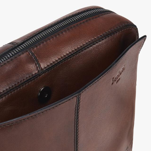 Monolithe Epure Medium Scritto Leather Messenger Bag, MOGANO, hi-res