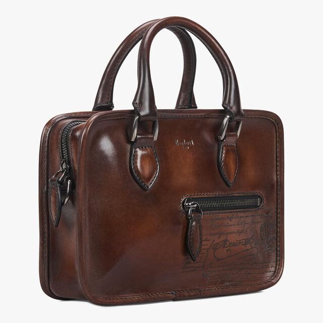 Un Jour Mini Scritto Leather Messenger Bag, MOGANO, hi-res